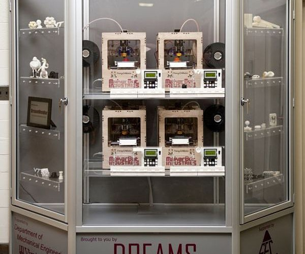 DreamVendor Prints 3D Objects, Not Dreams
