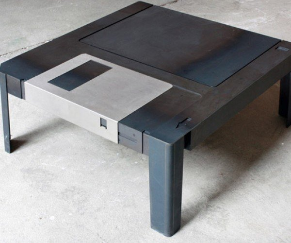 Giant 3.5″ Floppy Disk Table Could Store a Bunch of Flash Drives