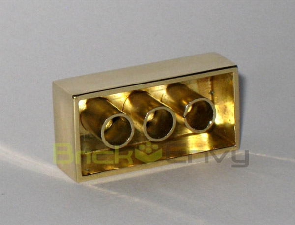gold lego brick back