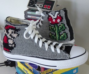 Knit Gamer Chucks: 8 Bits for Your 10 Toes