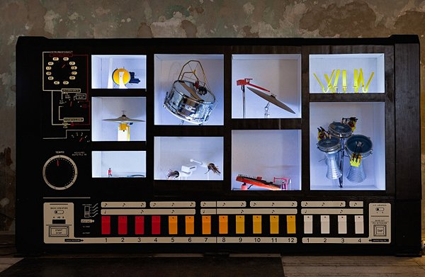 mr-808 robot installation by moritz simon geist
