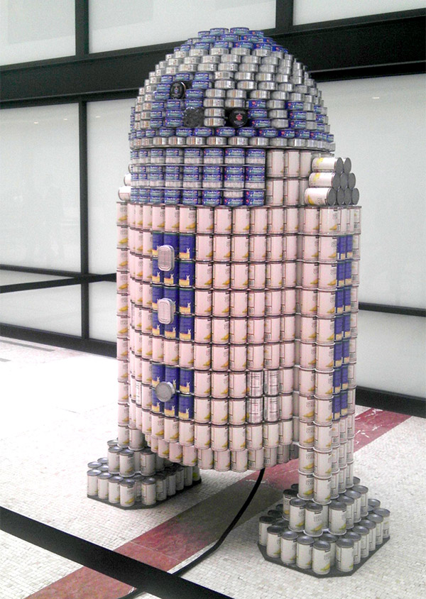 r2_d2_can_sculpture