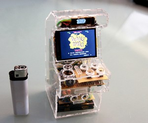 Raspberry Pi Micro Arcade Machine: A Sweet Slice of Classic Gaming