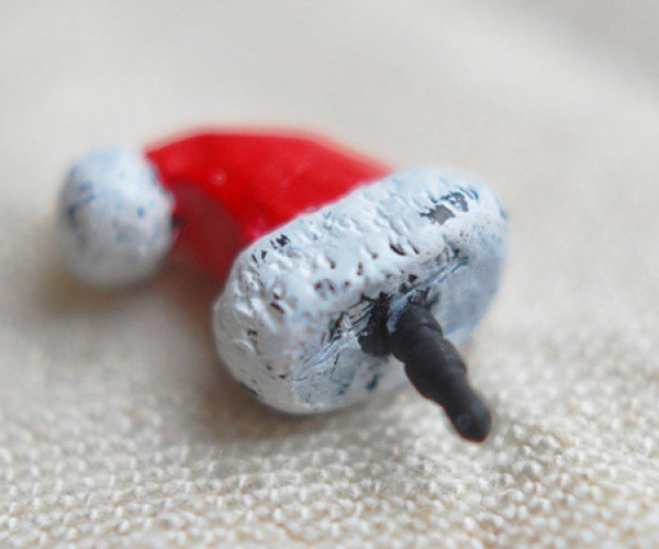 santa hat 3.5mm earphone jack dust plug by mybookmark 2