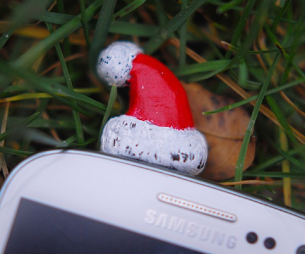 santa hat 3.5mm earphone jack dust plug by mybookmark 3