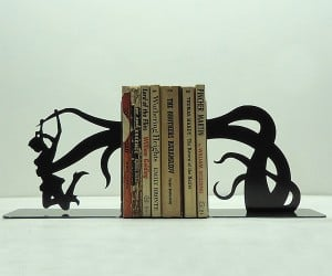 Tentacle Attack Bookends Perfect for H.P. Lovecraft Books