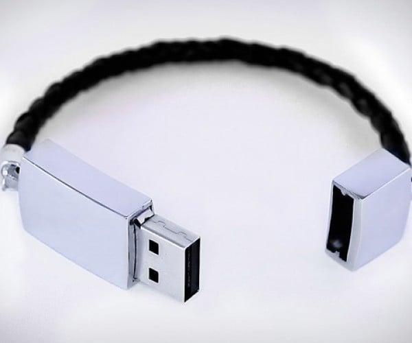 USB Bracelet: Never Lose a Flash Drive Again