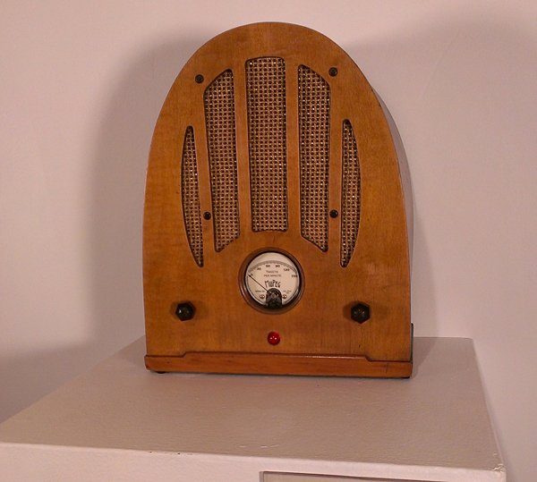 volume and noise twitter radio by sean hathaway