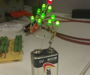 9-Volt Christmas Tree Makes Decorating Easy