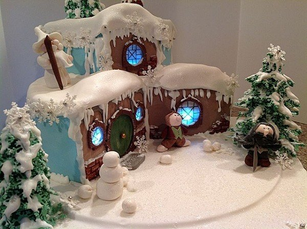 Hobbit White Christmas Cake
