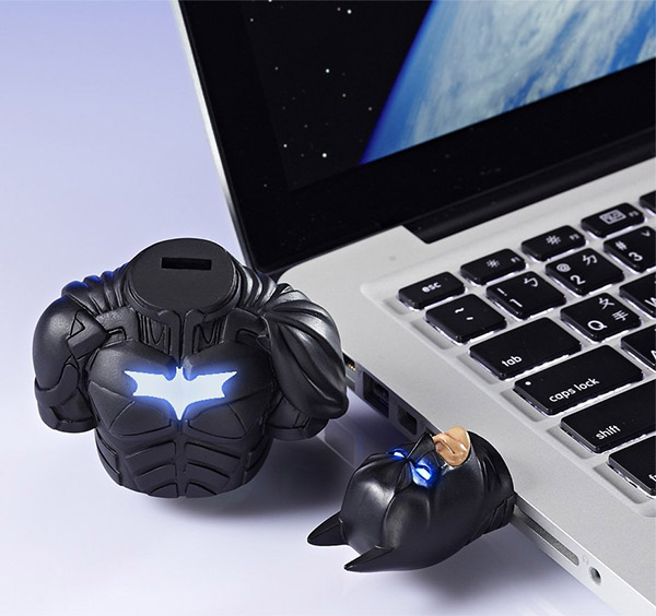 batman_tdkr_flash_drive