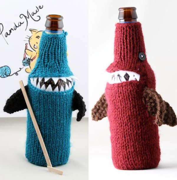blue red beer cozy