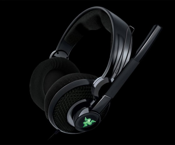 Razer Carcharias Headset Aims for Hours of Gaming Comfort