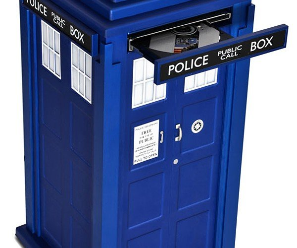Official Doctor Who TARDIS PC: Intel on the Inside