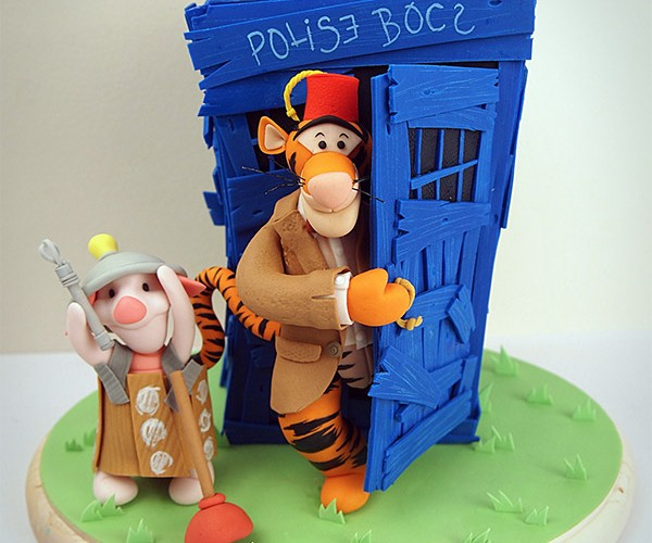 Winnie the Who Cake: Tasty and Really Delicious in Stomach (TARDIS)