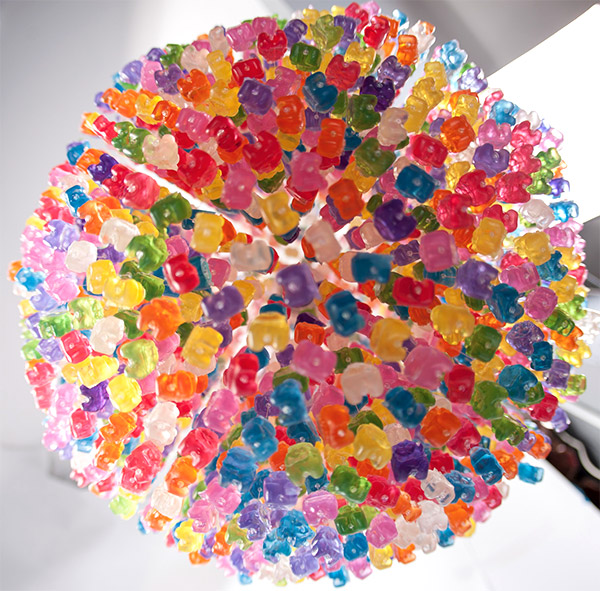 gummi_bear_chandelier_3