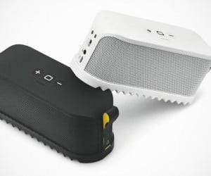 Jabra Solemate: This Bluetooth Speaker Won't Tread on You