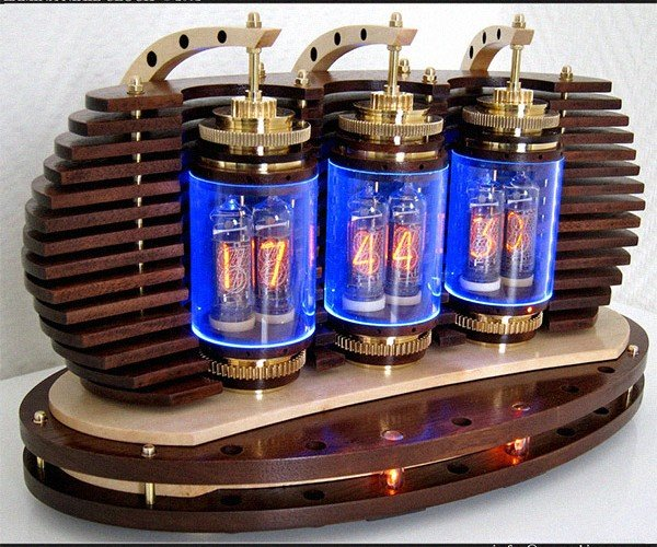 Holy Crap, This Nixie Clock is Cool