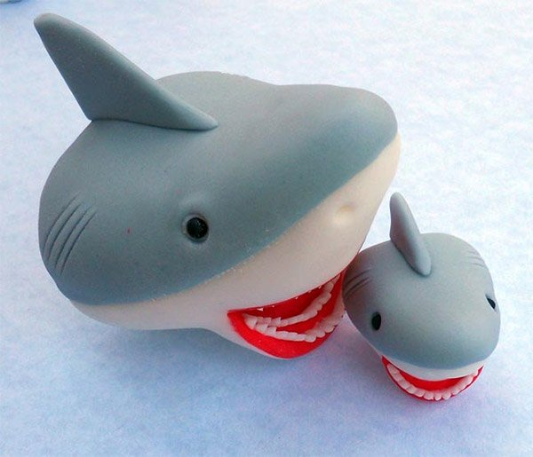 shark cake toppers      bigger cupcake technabob