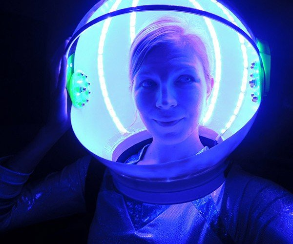 LED Astronaut Helmet: It's Spaaaace Magic!