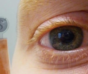 Contact Lens Contains Embedded LCD