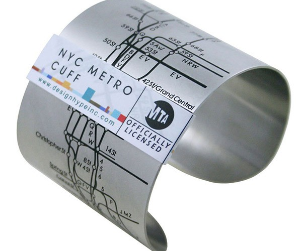 NYC Metro Cuff Helps You Navigate the Subway