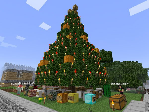 Minecraft Christmas Tree: Unfortunately, the boxes are filled with creepers.