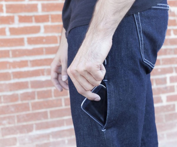 I/O Denim Jeans Add Perfect Pocket for Smartphones