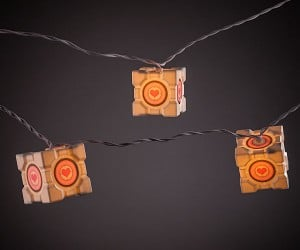 Portal Companion Cube String Lights: Lighted Companion Cubes