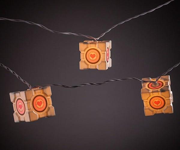 Portal Companion Cube String Lights: Lighted Companion Cubes