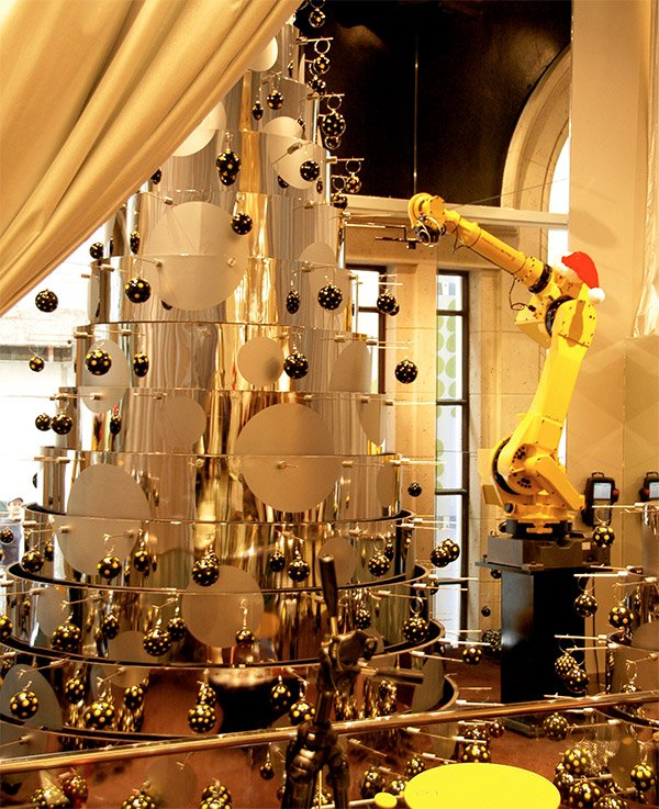 Robots Build a Christmas Tree - Only Nieman Marcus could afford this rig.
