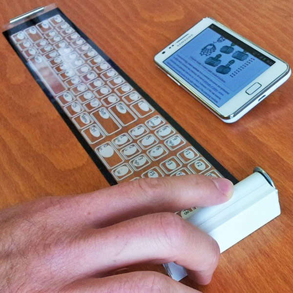 roll up qii keyboard mobile concept