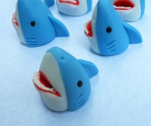 Shark Cake Toppers: We're Going to Need a Bigger Cupcake