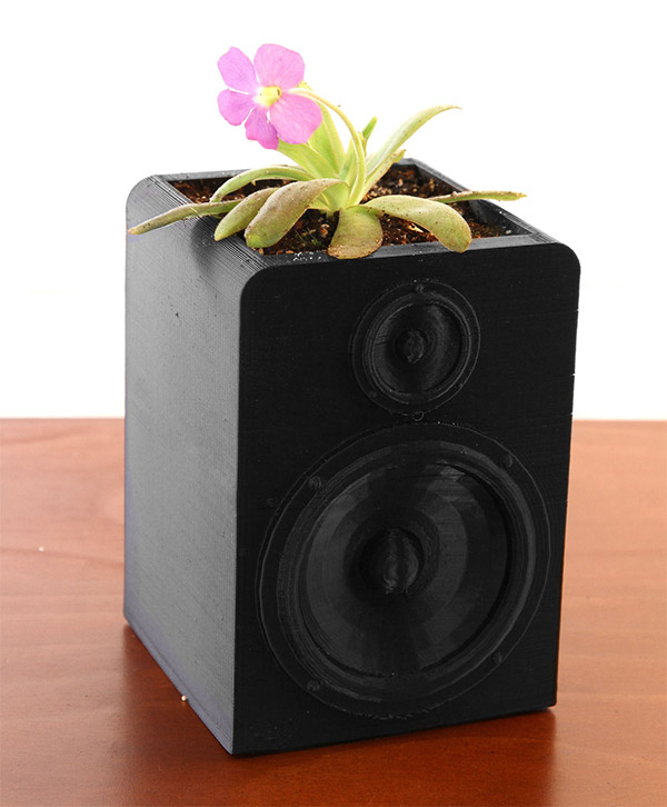 speaker_planter