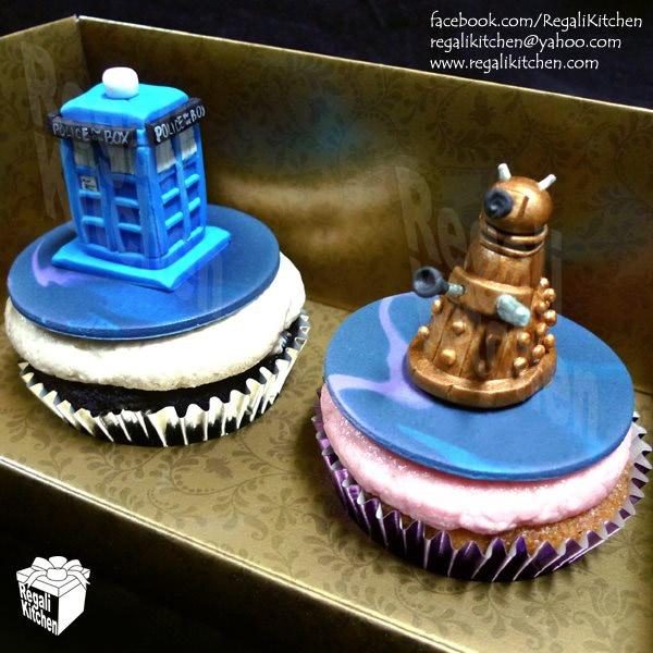 tardis_dalek_cupcakes