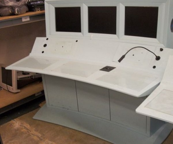 3-Screen Mission Control Gaming Desks for Sale
