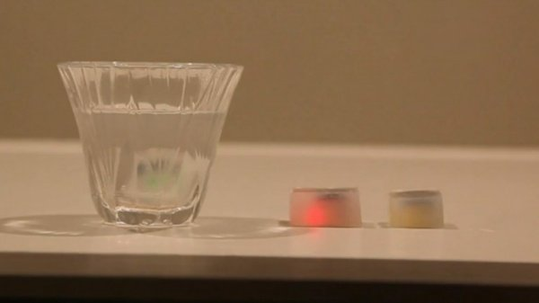 Smart 'Ice Cubes' Let You Know When It's Time to Stop Drinking