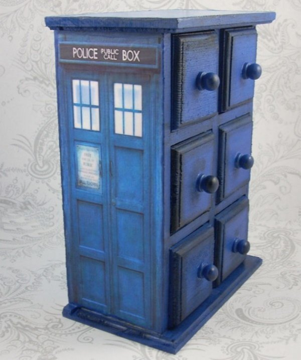 TARDIS Jewelry Box1