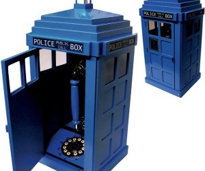 TARDIS Police Call Box Has an Actual Phone Inside