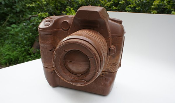 chocolate camera canon d60 by hans chung