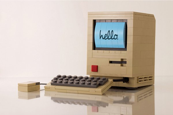 LEGO Macintosh: The Only Time I Want to See My Apple Bricked