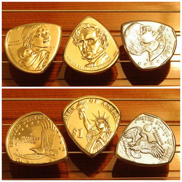 coin_guitar_picks_2