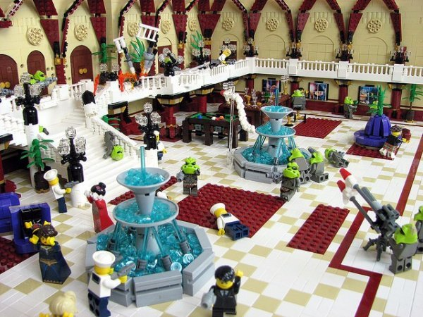 Fifth Element Fhloston Paradise Battle Recreated in LEGO