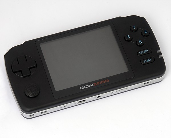 gcw-zero-open-source-gaming-handheld-device-2
