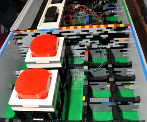 Giant LEGO NES Controller Works With Normal Size NES Consoles