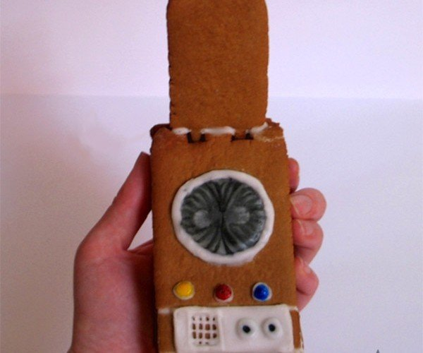 Gingerbread Star Trek Communicator: Eat Me up, Scotty!
