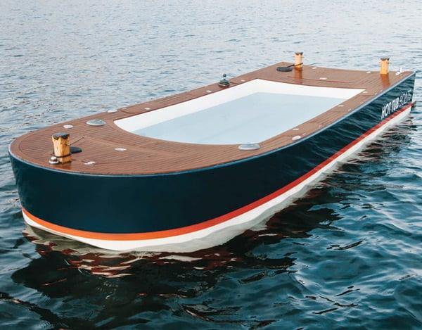 hot tub boat seattle ship pleasure craft alone photo