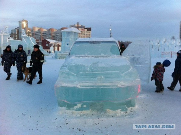 ice_land_cruiser_3