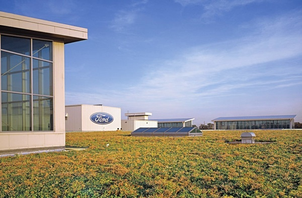 Ford's 10-Acre Green Roof Puts Plants atop Industry