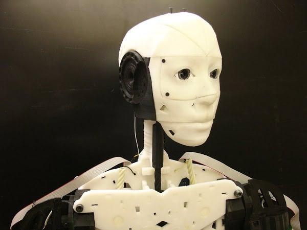 inmoov_3d_printed_robot_1